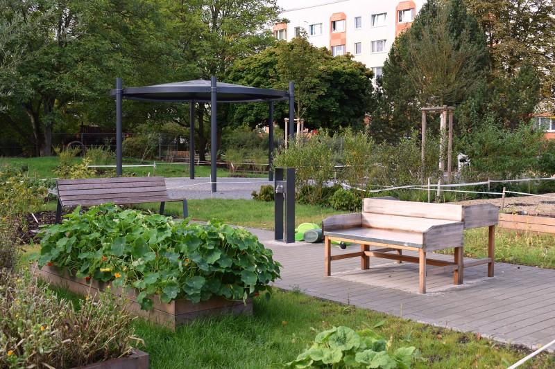 Pavillon und Kneipp-Bereich für Arm- und Fußbäder.